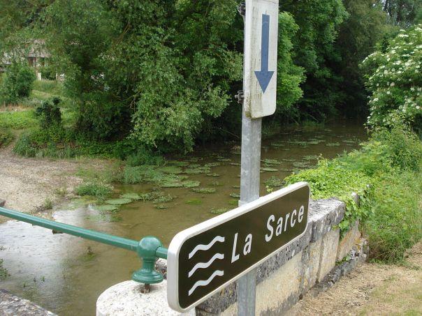 1024px-beauvoir-sur-sarce_28aube2c_fr292c_la_sarce