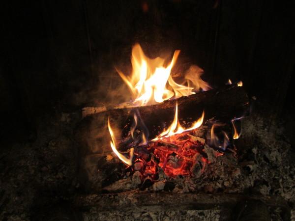 15-11-13-feu-de-cheminee-001