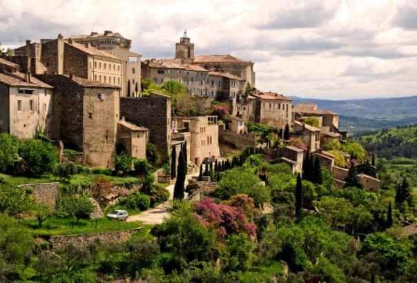 france-village-gordes-ap-travel-large