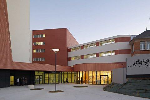 centre-hospitalier-de-troyes-guillaume-satre-07medium-1432732500