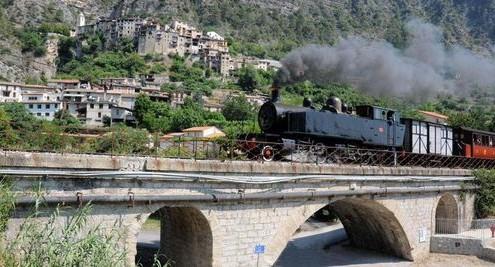 trains 17