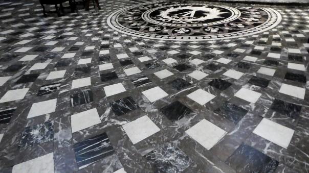 le-sol-en-marbre